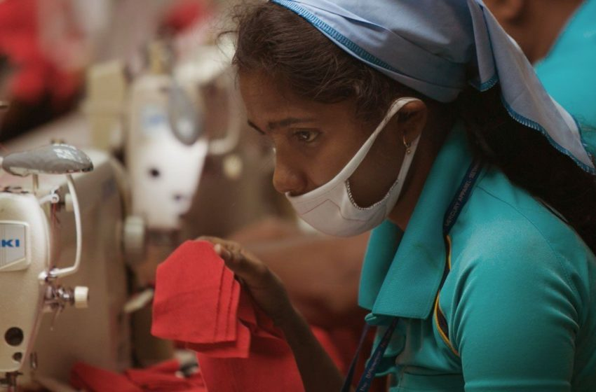 """""""Focus on the rights of garment workers."""" Da Bindu Collective urges Human Rights Commission"""